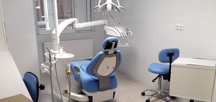 Скидка до 33% на установку имплантов в стоматологической клинике «Журавлина»