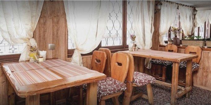 2 порции жаркого в горшочке в ресторане украинской и грузинской кухни «Куме Генацвале»