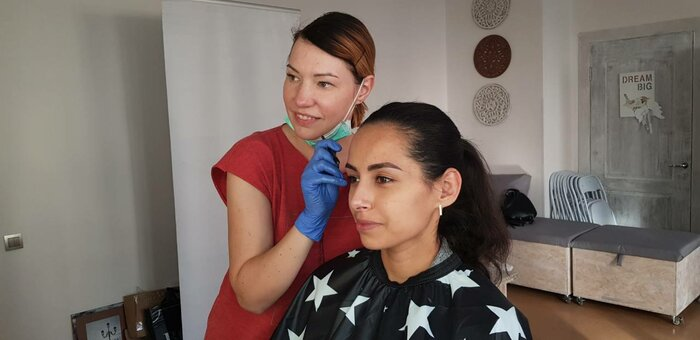 Профессиональный макияж и укладка волос в студии красоты «A.Beautylab»