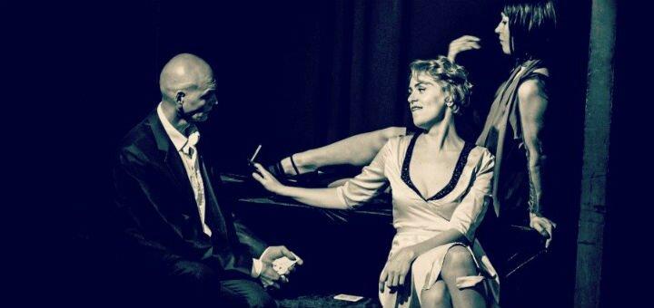 2 билета на спектакль «Взаперти» в театре «Forte» в Доме Актера