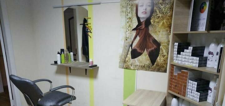 Botox для волос со стрижкой кончиков и укладкой в салоне красоты «Arlen beauty space»