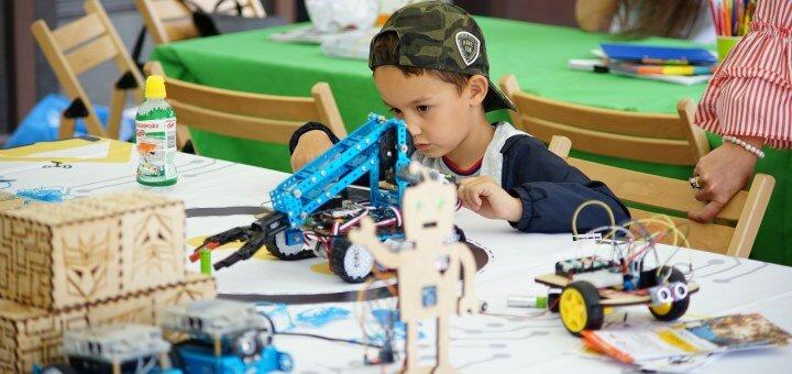 До 4 занятий робототехникой и робомейкерством для детей от «Robo.House»