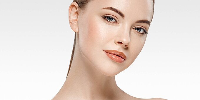 До 2 сеансов азелаинового пилинга лица в центре косметологии «DIA beauty studio»