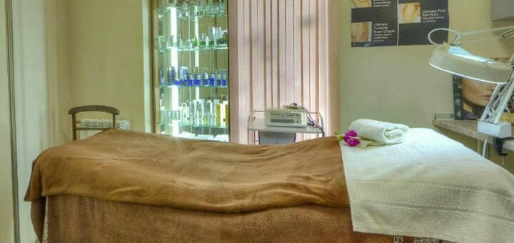 Ультразвуковая, механическая или комбинированная чистка лица с пилингом в центре «Babor»