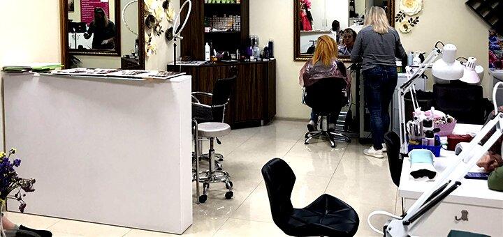 Реконструкция «Felps» для волос со стрижкой кончиков и укладкой в салоне «NogotOk»