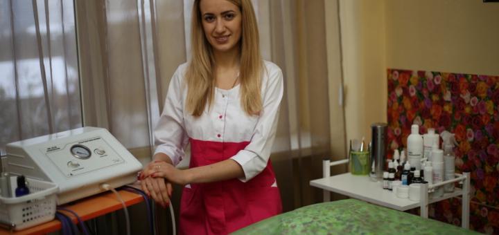 До 5 сеансов комбинированной лечебной чистки лица и пилинга в кабинете «Косметология для всех»