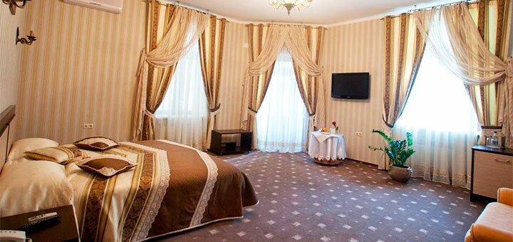 От 2 дней отдыха с завтраком и пакетом услуг в SPA-отеле «Kleopatra» в Каменец-Подольском