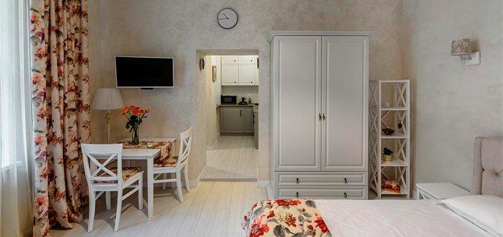 От 2 дней отдыха в апартаментах с видом на сад «Lucky home» в самом сердце Львова