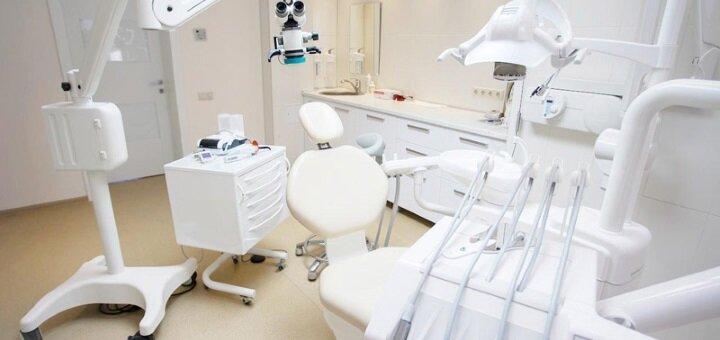 Ультразвукова чистка, Air-Flow та фторування зубів в приватній стоматологічній практиці Ростислава Головчанського