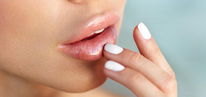Скидка 53% на увеличение губ препаратом «Revofil Plus» в студии «AllBee Studio»