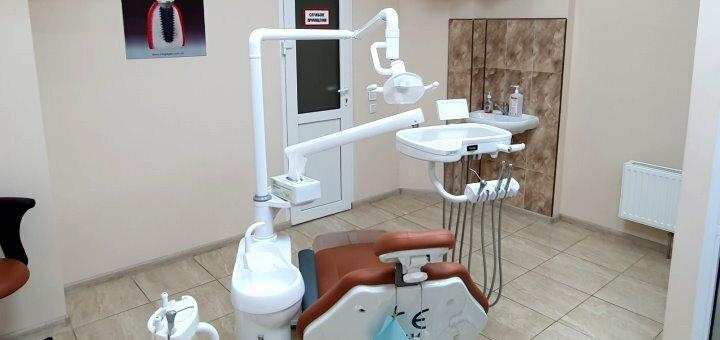 Скидка до 68% на установку виниров в стоматологии «KievDental»