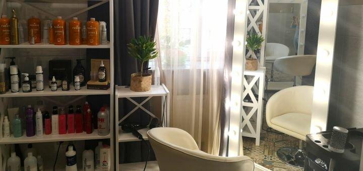 Cтрижка горячими ножницами и интенсивное увлажнение волос «Fuente» в студии красоты «ECO HAIR»