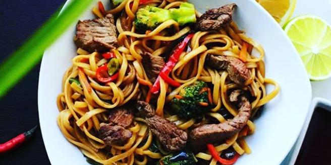 Скидка 50% на всё меню кухни от доставки азиатской еды «Лапша Wok»