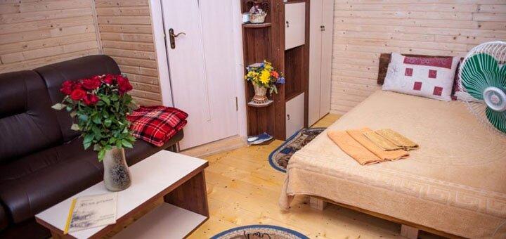 От 3 дней отдыха с питанием в отеле «Біля річки» в Каменце-Подольском