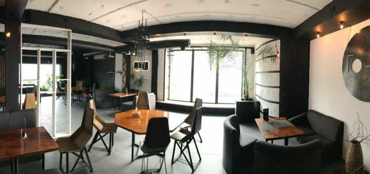 Скидка 50% на всё меню кухни, чай, кофе и безалкогольные коктейли в лаунж-кафе «Point»