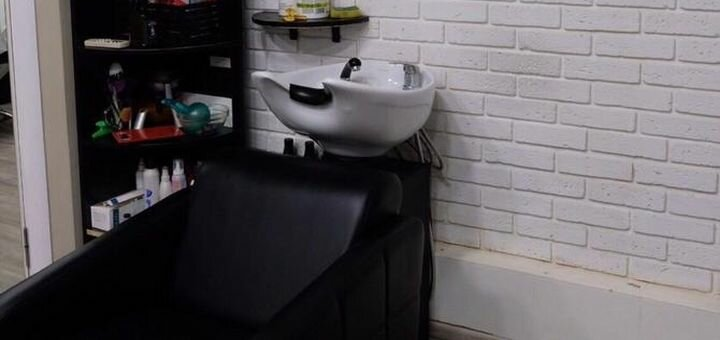 Скидка до 62% на женскую стрижку, укладку, окрашивание и уход за волосами в салоне «Marafet»