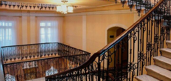 От 2 дней отдыха с завтраками в гостинице «Центральная» в центре Одессы