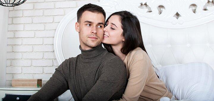 Студийная индивидуальная фотосессия «Love Story» в новой фотостудии от фотографа Жени Лайта