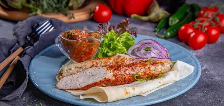 Скидка 40% на все меню кухни и кальяны в ресторане с авторской фьюжн кухней «Rakhat Lukum»