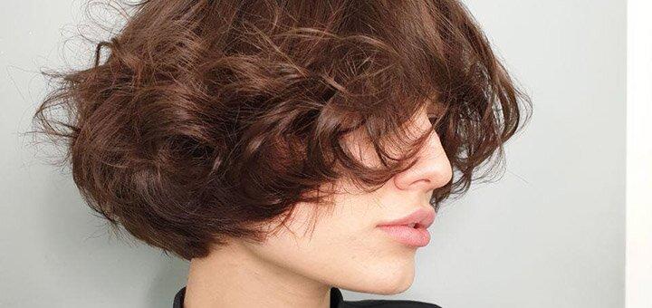 Скидка 50% на женскую стрижку любой длиныв студии красоты «AVRA beauty studio»