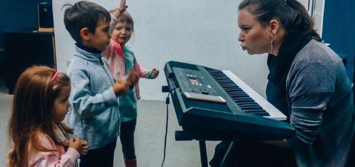 До 2 месяцев групповых развивающих занятий логоритмикой для малышей в школе вокала «RD Voice»