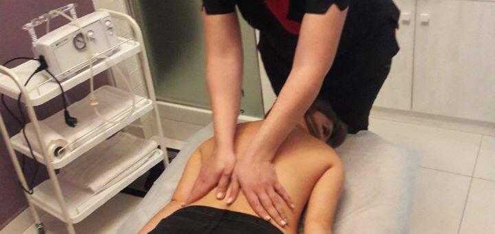 До 10 сеансів релакс-масажу комірцевої зони у салоні краси та естетичної косметології