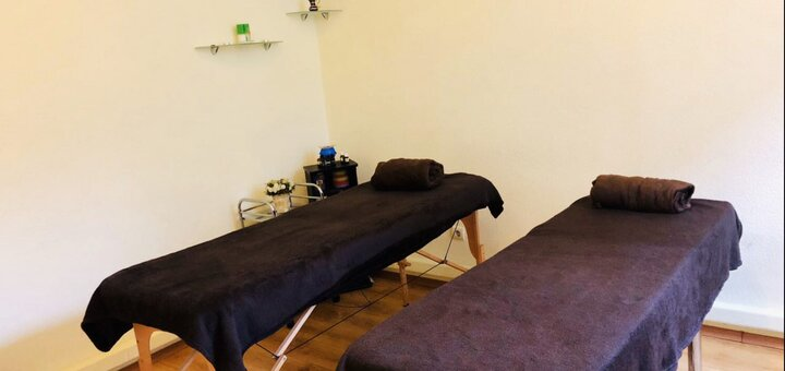Лифтинговый массаж лица по авторской технике в салоне красоты «Astoria Beauty&Spa»