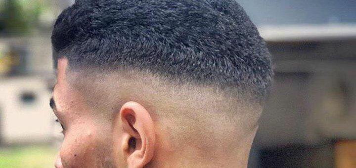 Мужская стрижка и укладка волос со стрижкой и коррекцией бороды в «Iraqis Barbershop»