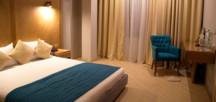 От 2 дней отдыха с завтраками в отеле «Boomerang Boutique hotel» в Одессе