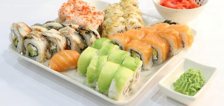 Скидка 55% на суши-сет «Адмиральский» от службы доставки «Pako»