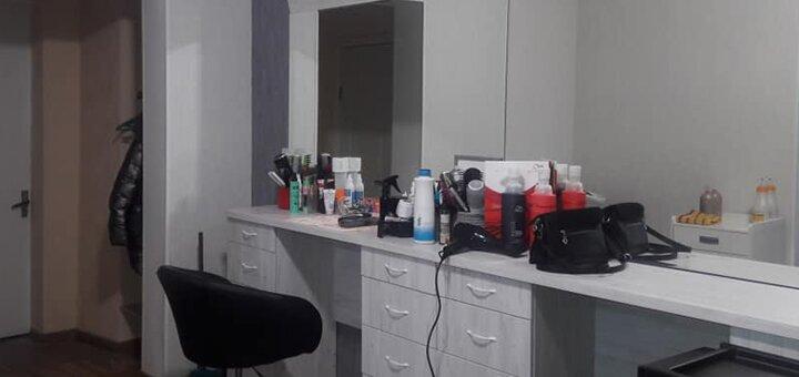 Стрижка, кератиновое восстановление, реконструкция волос и окрашивание от Анны Немцовой