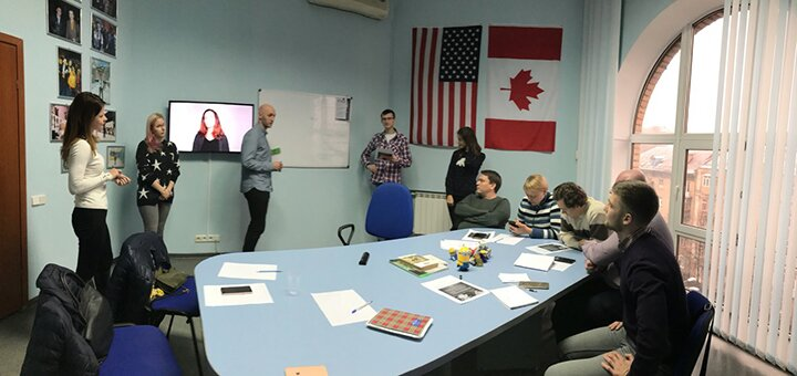 12 занятий по английскому языку в школе иностранных языков «NEWTONE»