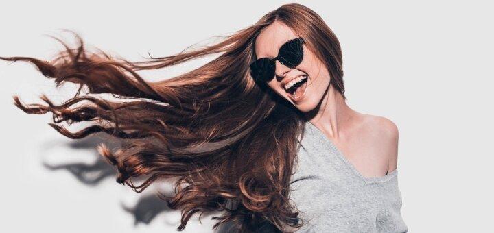 Окрашивание волос с уходом «Olaplex» и укладкой в салоне красоты «Crystal Source»