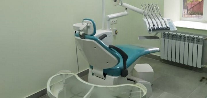 Скидка 57% на профессиональное лазерное отбеливание зубов «Magic Smile» в кабинете «Dr. Silia»