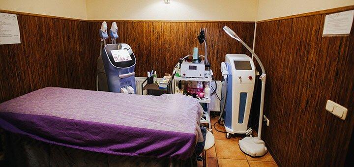 До 5 сеансов лазерного Elos-лечения акне, постакне лица в сети салонов «Sun Shine»
