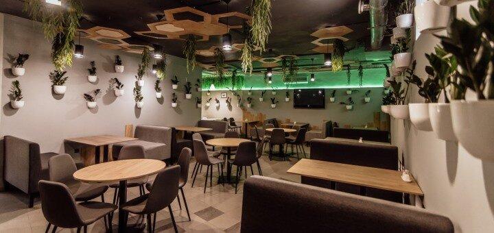 Скидка 40% на меню кухни ресторана и фуд-корта в ресторации «SolomoN Cafe»