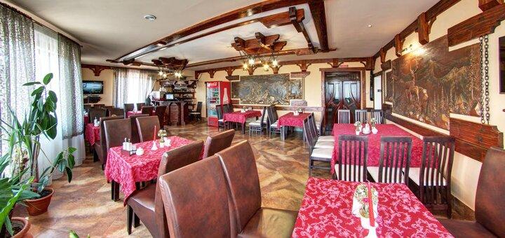 От 3 дней отдыха во второй половине декабря с завтраками в отеле «Вилла Елена» в Буковеле