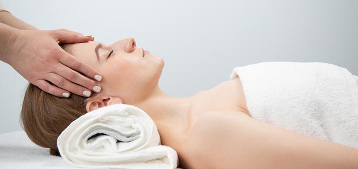 До 4 сеансов массажа «relax» с увлажняющей маской в студии массажа «Domini»