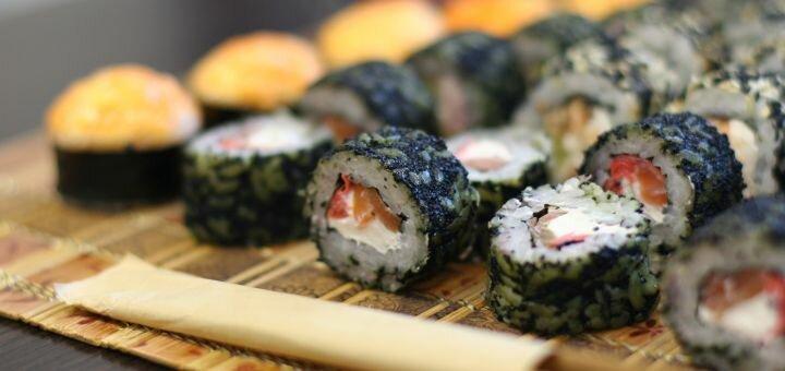 Скидка 60% на cет «Блек Стар» от магазина-ресторана японской кухни «Суши WOK»