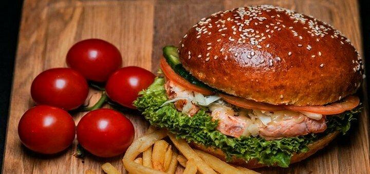 2 порции «Дорадо на гриле» со стручковой фасолью и салатом в ресторане «Diner»