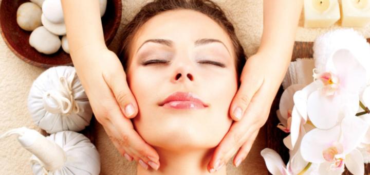 Скидка до 71% на чистку лица, массаж, пилинг, дарсонваль в центре косметологии и подологии
