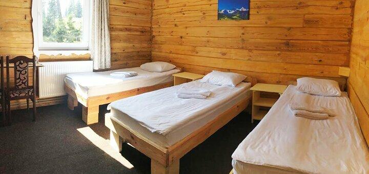 От 5 дней зимнего отдыха с двухразовым питанием в отеле «Freerider» в Драгобрате
