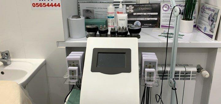 До 10 сеансов RF-лифтинга, обертывания, кавитации или вакуумного массажа в «Cosmetolog White»