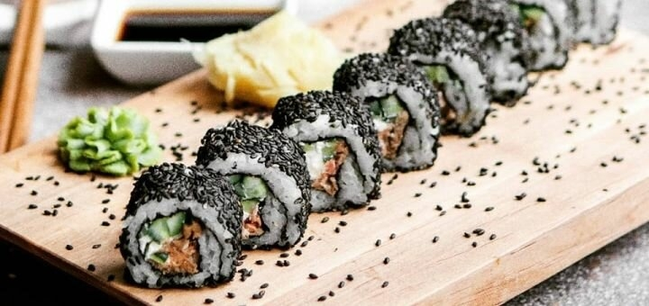 Скидка 50% на меню кухни от службы доставки и в ресторане «iLikeSushi»