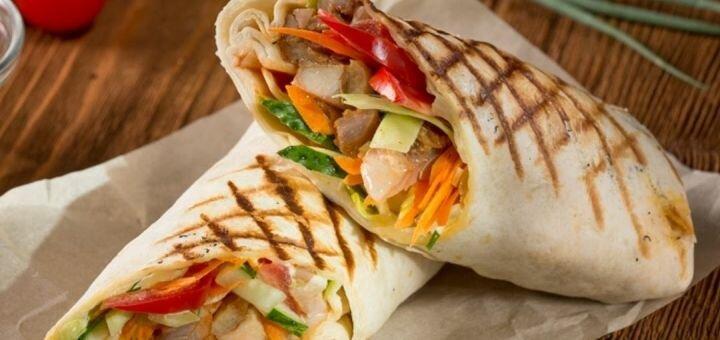 Скидка 50% на всё меню кухни, чай и кофе в фаст-фуде «Їжа Нон-Стоп»