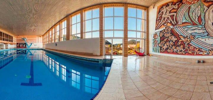 От 3 дней отдыха с питанием и посещением бассейна в SPA-комплексе «Жива Вода» в Межгорье