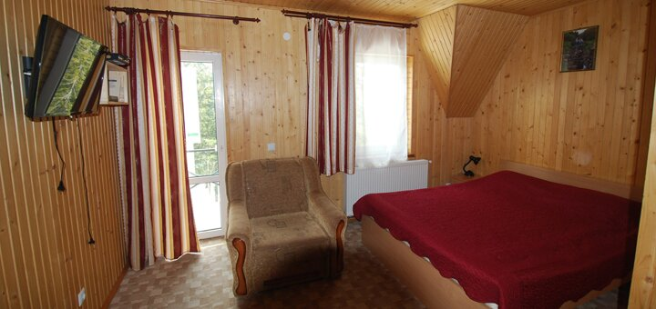 От 3 дней отдыха зимой с питанием и развлечениями в отеле «Зеленая Дача» на курорте Драгобрат
