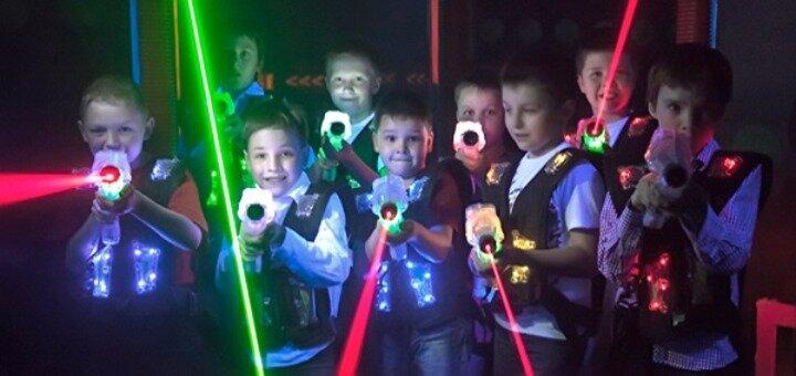 До 60 минут игры в лазертаг от клуба «Лазерные бои» в РЦ «Блокбастер»