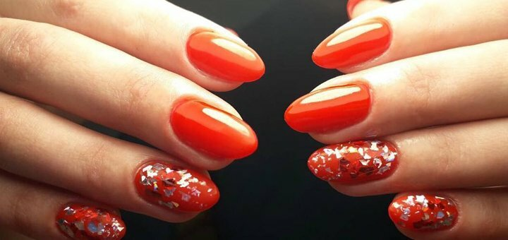 Наращивание ногтей с покрытием гель-лаком в салоне красоты «Flamingo»