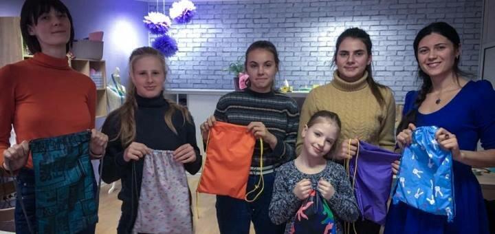 Мастер-класс по моделированию и пошиву одежды «Я дизайнер» для детей от «Маленькая модельерка»